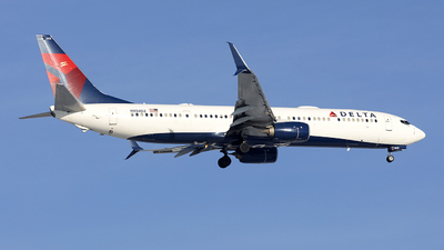 A picture of N858DZ - Boeing 737932(ER) - Delta Air Lines - © Jeremy D. Dando