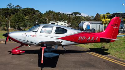 PP-AAJ - Cirrus SR22 Grand - Private
