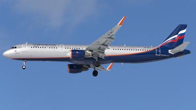 VP-BKJ - Airbus A321-211 - Aeroflot