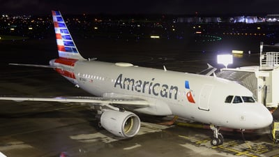 A picture of N774XF - Airbus A319112 - American Airlines - © Agustin Anaya