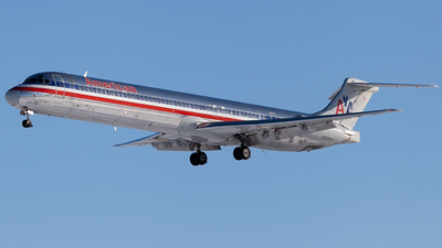 N571AA - McDonnell Douglas MD-83 - American Airlines