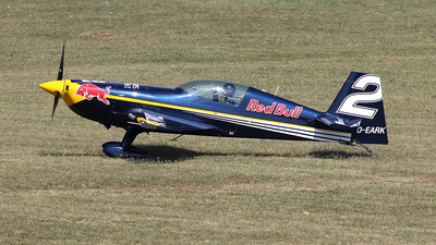 D-EARK - Extra 300LC - Red Bull Racing Team