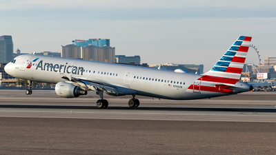 A picture of N199UW - Airbus A321211 - American Airlines - © Ricky Teteris