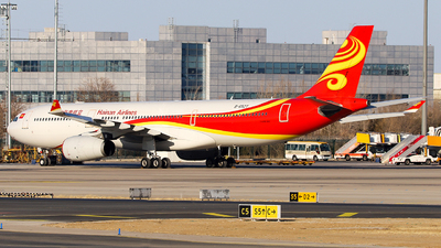 A picture of B6527 - Airbus A330343 - Hainan Airlines - © Unbeliverpool