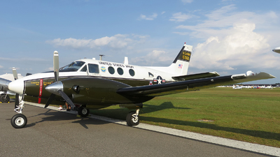 N906HF - Beechcraft A90 King Air - Private