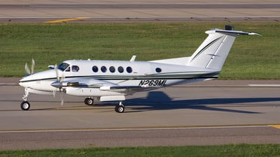 N269ML - Beechcraft 200 Super King Air - Private