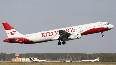 VP-BRM - Airbus A321-232 - Red Wings