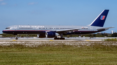 N554UA - Boeing 757-222 - United Airlines