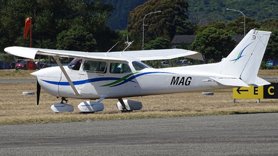 ZK-MAG - Cessna 172P Skyhawk - Private