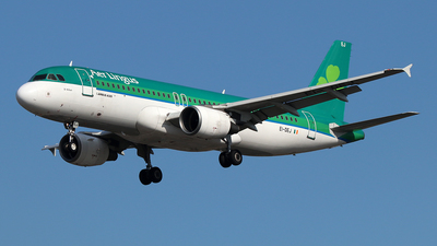 A picture of EIDEJ - Airbus A320214 - Aer Lingus - © Ferenc Kolos