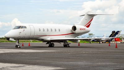 N243RC - Bombardier BD-100-1A10 Challenger 300 - Private
