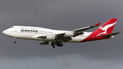 VH-OJS - Boeing 747-438 - Qantas
