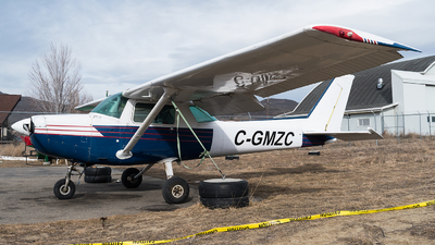 C-GMZC - Cessna 152 - Canadian Flight Centre