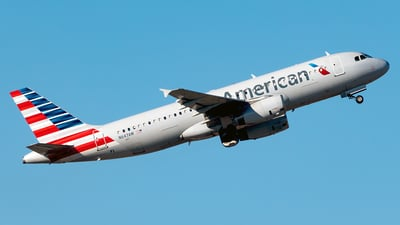 A picture of N647AW - Airbus A320232 - American Airlines - © Yan777