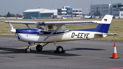 D-EEYE - Cessna 150L - Private