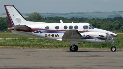 OM-RAV - Beechcraft C90B King Air - Private