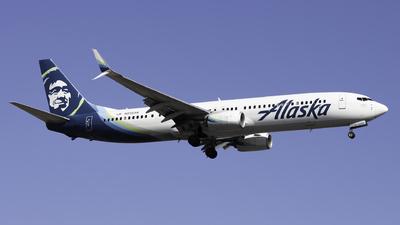 A picture of N238AK - Boeing 737990(ER) - Alaska Airlines - © Sebastian C
