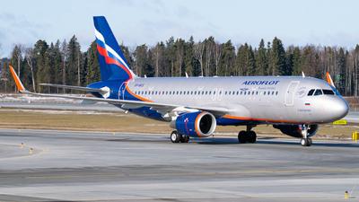 VP-BCE - Airbus A320-214 - Aeroflot
