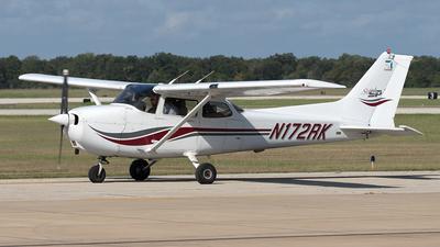 N172RK - Cessna 172S Skyhawk - Private