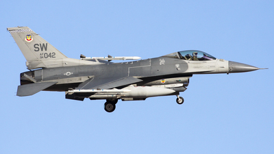 94-0042 - General Dynamics F-16C Fighting Falcon - United States - US Air Force (USAF)