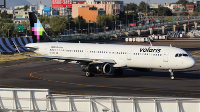 A picture of XAVRB - Airbus A321231 - Volaris - © Alejandro Aceves