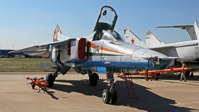 115 - Mikoyan-Gurevich MiG-27 Flogger - Russia - Air Force