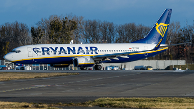 A picture of SPRSQ - Boeing 7378AS - Ryanair - © Antek Dec