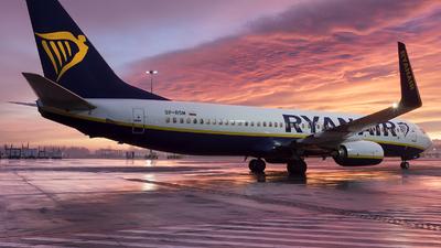 A picture of SPRSM - Boeing 7378AS - Ryanair - © Łukasz Stawiarz