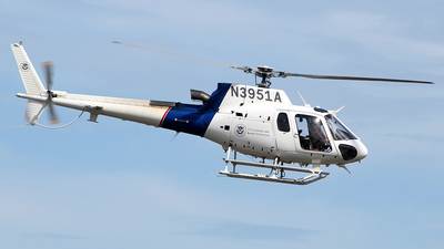 N3951A - Eurocopter AS 350B3 Ecureuil - United States - US Department Of Homeland Security