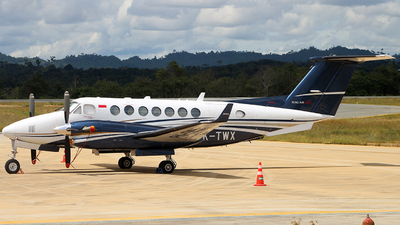 PK-TWX - Beechcraft B300 King Air 350i - Transwisata Airlines