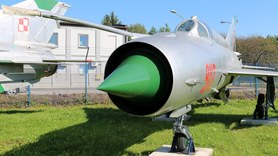 9113 - Mikoyan-Gurevich MiG-21MF Fishbed J - Poland - Air Force