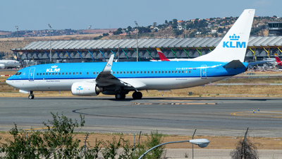 A picture of PHBXY - Boeing 7378K2 - KLM - © Mateo León
