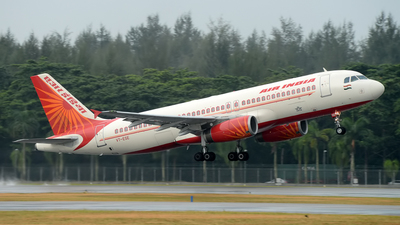 VT-ESE - Airbus A320-231 - Air India