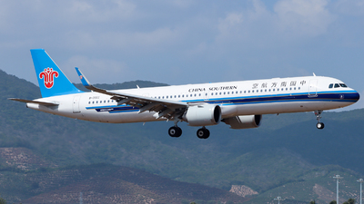 B-30EC - Airbus A321-253NX - China Southern Airlines