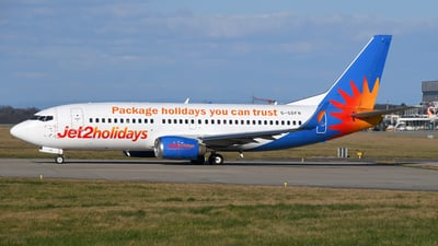 A picture of GGDFN - Boeing 73733V - Jet2 - © Paul Denton