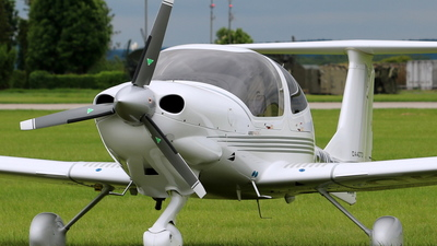 OK-MUF - Diamond DA-40D Diamond Star TDI - Private