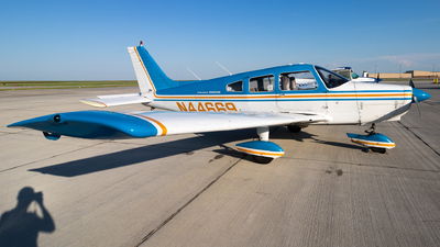 N44669 - Piper PA-28-151 Cherokee Warrior - Private