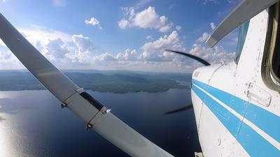 A picture of N94447 - Cessna 152 - [15285673] - © Hongming Zheng