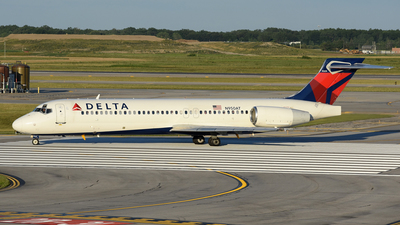 N950AT - Boeing 717-2BD - Delta Air Lines