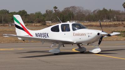 N985EK - Cirrus SR22 - Emirates