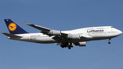 D-ABVK - Boeing 747-430 - Lufthansa