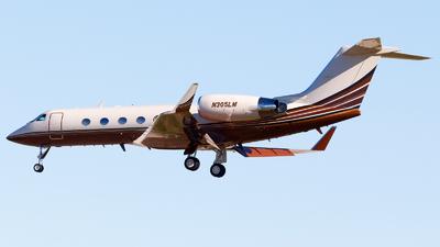 N305LM - Gulfstream G-IV - Private