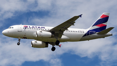 A picture of CCCQK - Airbus A319132 - LATAM Airlines - © Jorge Saenz