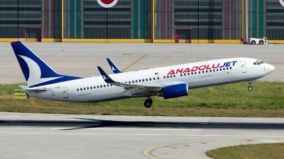 TC-SBZ - Boeing 737-86N - AnadoluJet
