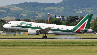 A picture of EIDSB - Airbus A320216 - [2932] - © Gabriele Fontana - Tuscan Aviation