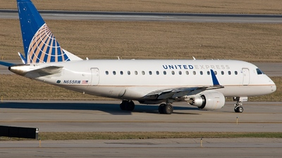 A picture of N655RW - Embraer E170SE - United Airlines - © Sam Paley