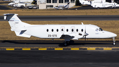 ZS-STE - Beech 1900D - Federal Air