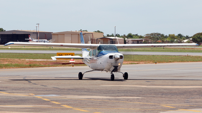 VH-FOK - Cessna 210N Centurion II - Broome Air Services