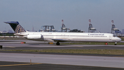 N16895 - McDonnell Douglas MD-82 - Continental Airlines