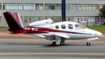 PP-WIZ - Cirrus Vision SF50 G2 - Private